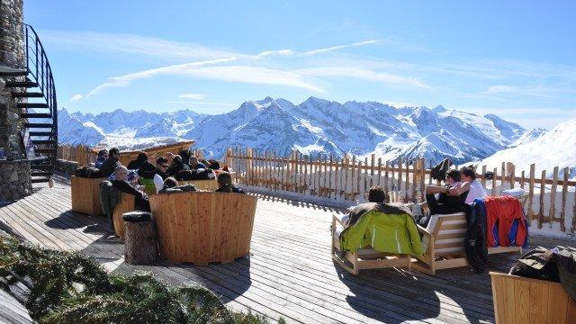 Ski-Hütte-Schneekar2