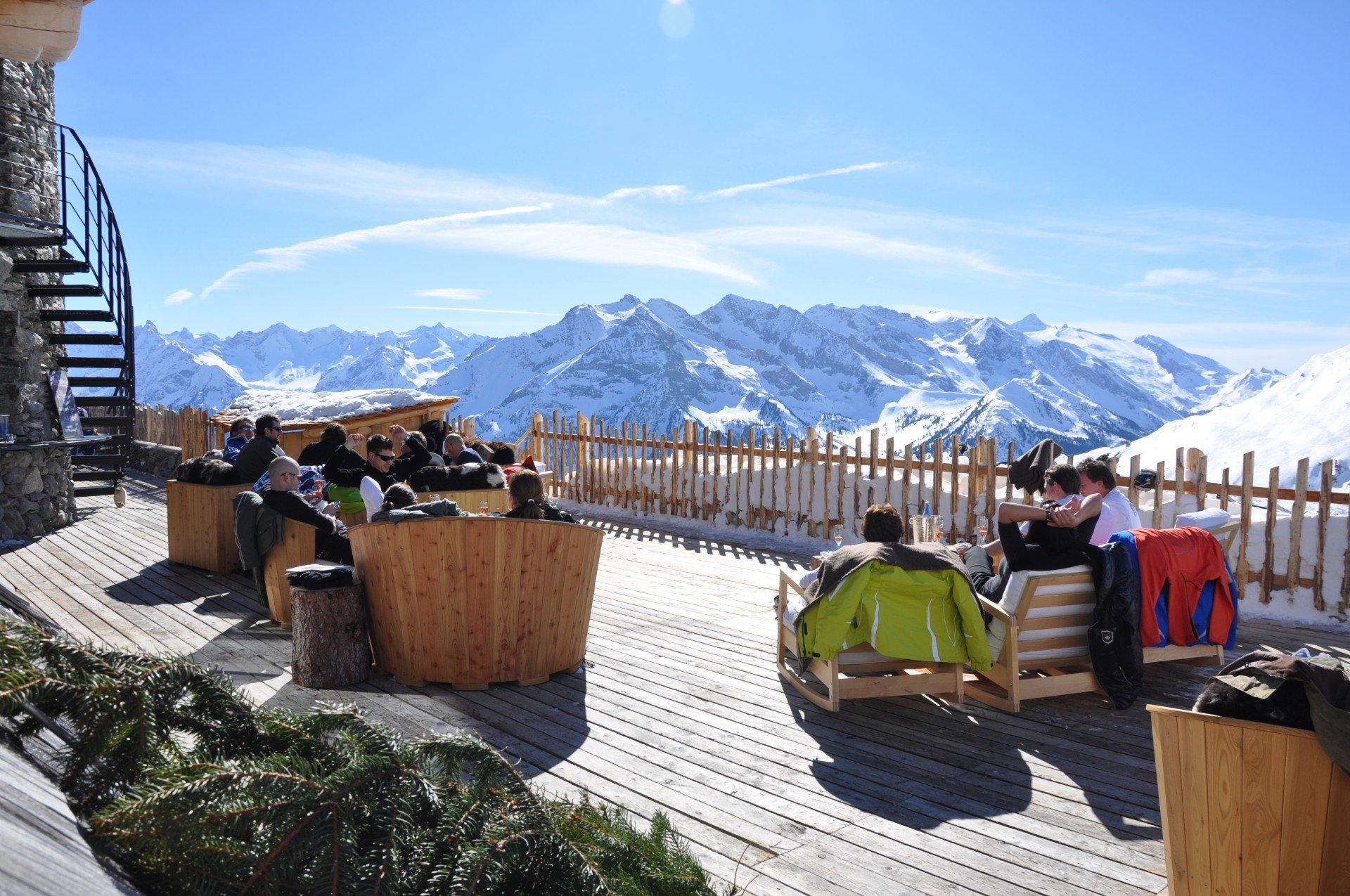 spring-skiing-holidays