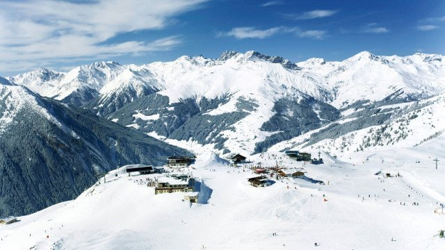 Winter-Ski-Panorama